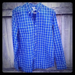 Old navy  button down long sleeve size M